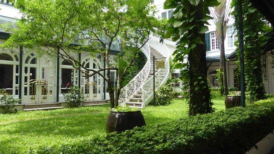 Sofitel Legend Metropole Hanoi: The veranda
