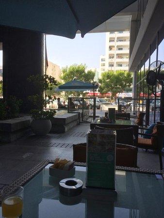 Ibis Al Rigga: Restaurant Terrace