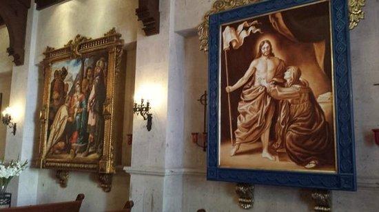 Pueblo Bonito Sunset Beach Golf & Spa Resort: Beautiful artwork everywhere - this is the chapel
