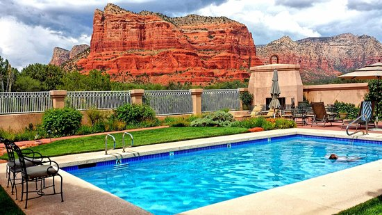Canyon Villa Bed and Breakfast Inn of Sedona: pool view
