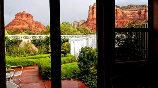 Canyon Villa Bed and Breakfast Inn of Sedona: room view