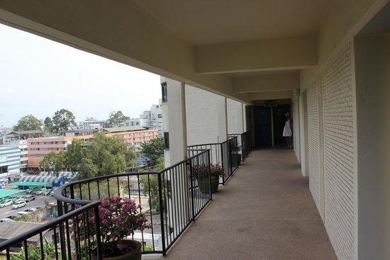 Montien Hotel Pattaya: на этаже