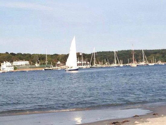 Wingaersheek Beach: Sail boats at wingers heal beach
