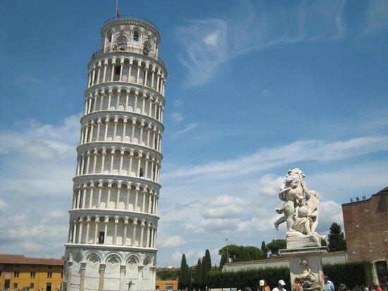La tour de Pise (Campanile) : Leaning Tower