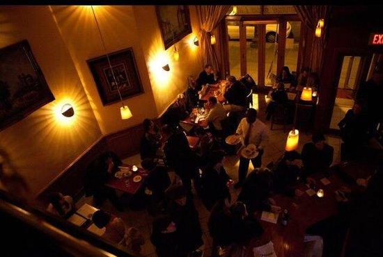 Odeon Restaurant: Beautiful view from Mezzanine .