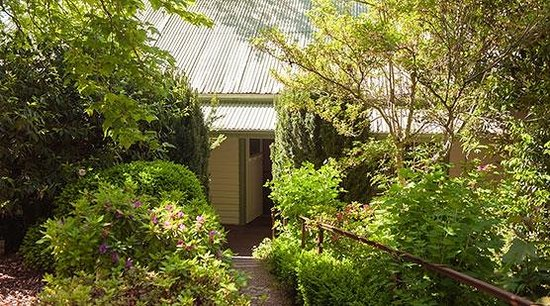 Woolrich Historic Garden Accommodation: Woolrich Retreat Gardens