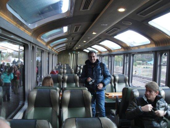 PeruRail - Vistadome: Un vagón por dentro