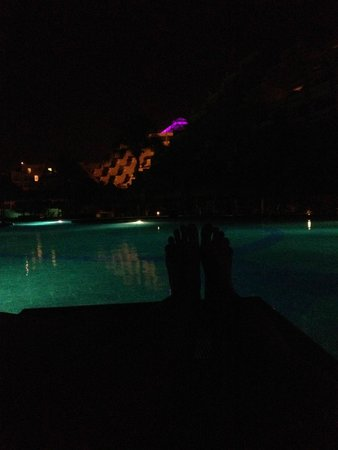 Paradisus Cancun: Night time relaxing alone by the pool