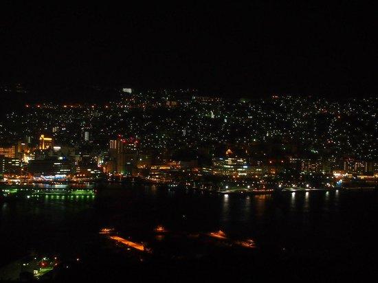 Nagasaki Hotel Seifu : 部屋からの夜景