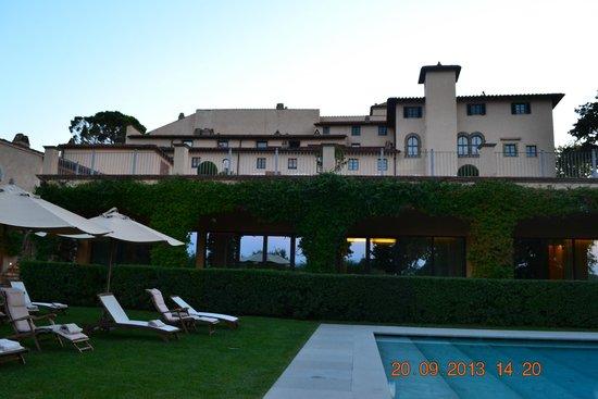 Castello del Nero Hotel & Spa : Piscina Castelo del Nero