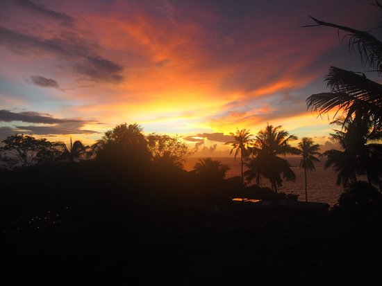 Andaman Cannacia Resort : sunset from balcony
