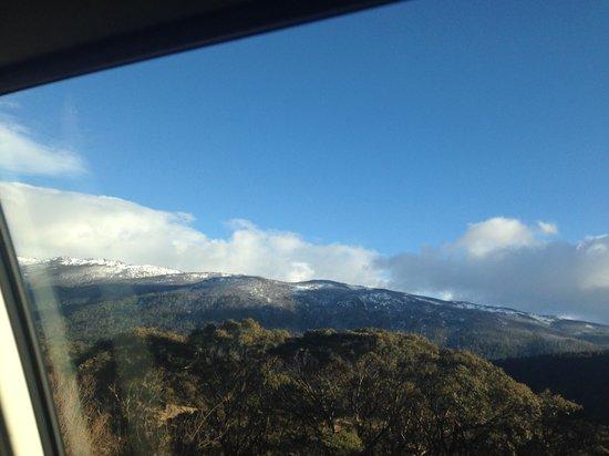 Mount Kosciuszko National Park: neve no topo das montanhas