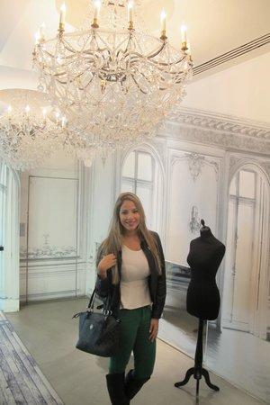 La Maison Champs Elysees: No hotel..