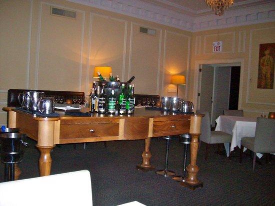 La Belle Vie: Relaxing dining room!