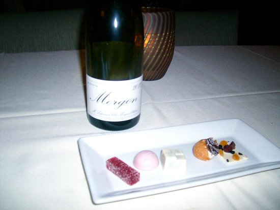 La Belle Vie : A wonderful wine with dessert!