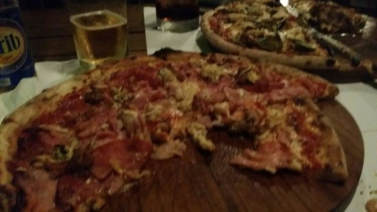 Ciao Pizza: Meat lovers pizza