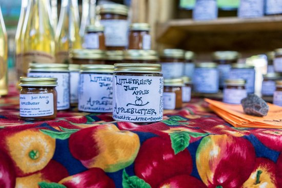 Ithaca Farmers Market: apple butter