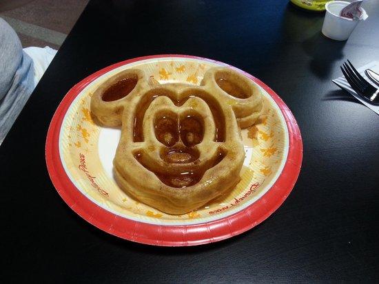 Disney's All-Star Sports Resort: Café da manhã