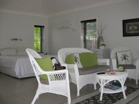 Makayla Palms: Our villa interior