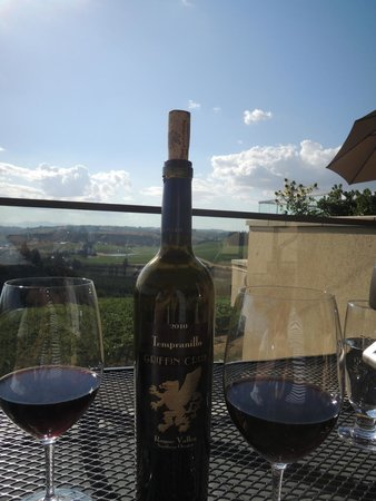 Willamette Valley Vineyards: Tempranillo on the balcony