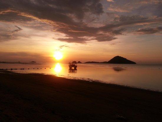 Seaside Travellers Inn: breathtaking sunset
