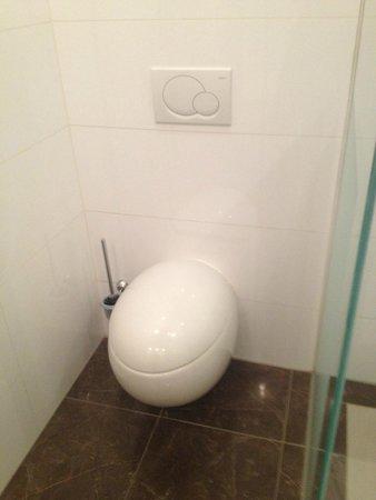 Van der Valk Hotel Den Haag-Nootdorp : Toilet