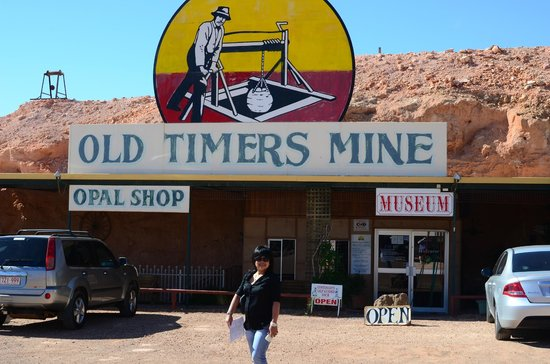 Old Timers Mine: Entrance to the mine