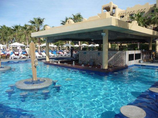 Hotel Riu Santa Fe: Pool bar
