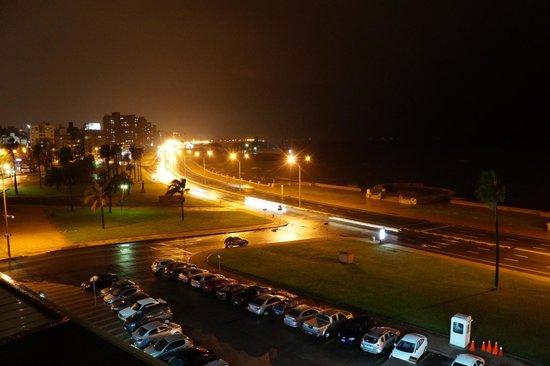 NH Montevideo Columbia: de noite