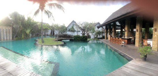 "The Samaya Bali Seminyak : View of the pool at the ""Brasserie"""
