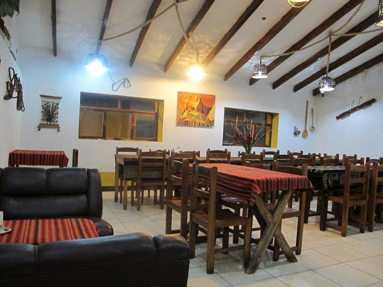 Yellow Pepper Bar and Restaurant: el ambiente #2