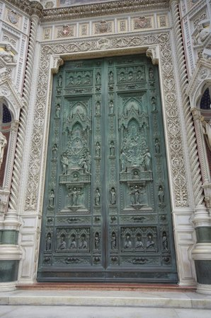 Baptistery of San Giovanni (Battistero): The doors