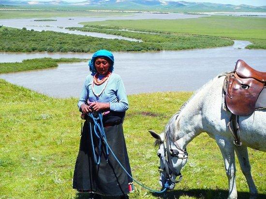 Zoige County, China: チベット族の女性