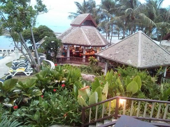 Centara Villas Samui: The Hotel Bar