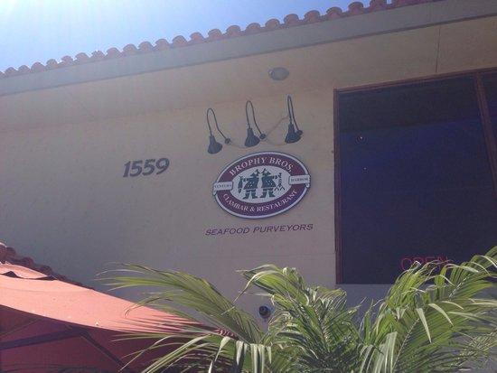 Brophy Bros. Seafood Restaurant & Clam Bar: Signage