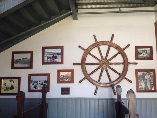 Brophy Bros. Seafood Restaurant & Clam Bar: Local decor inside entrance.