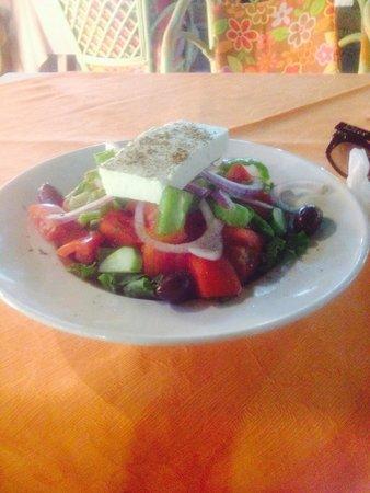 Ipiros Taverna Greek Restaurant
