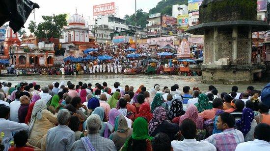 Har ki Pauri: huge rush everyday