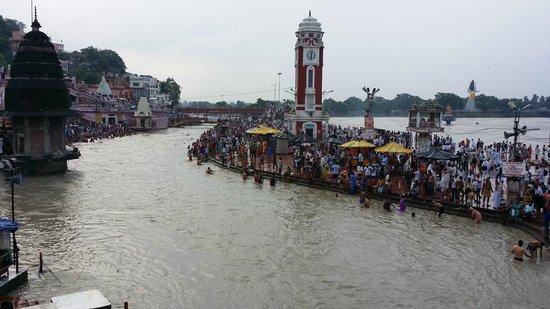 Har ki Pauri: clock tower at har-ki-paudi
