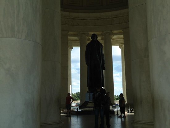 Jefferson Memorial: Jefferson appears to be watching the Central Mall, particularly White House.