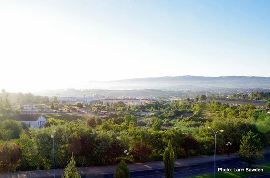 TRYP Covilha Dona Maria Hotel: Early morning view from room