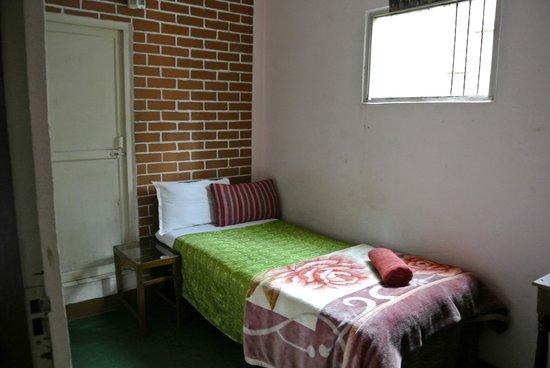 Shree Lal Inn: Single Room