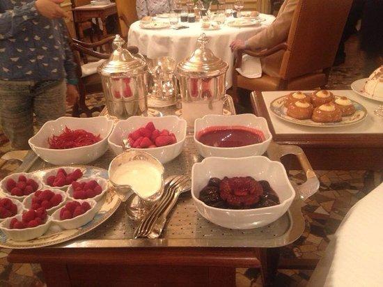Restaurant Paul Bocuse : Десерты божественные