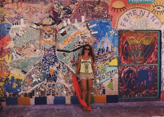 Un mosaico en el centro