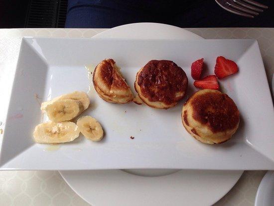 Design Hotel Jewel Prague: Pancake breakfast