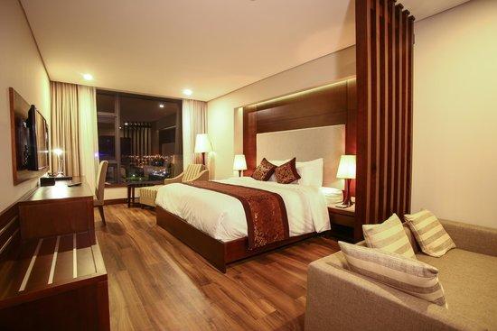 Minh Toan Galaxy: Suite Room
