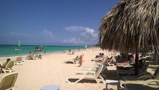 Luxury Bahia Principe Esmeralda Don Pablo Collection : La plage