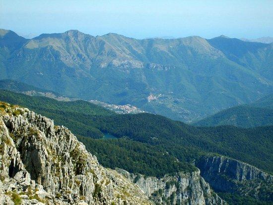 Pigna, Italia: Panorama dalla vetta del Toraggio