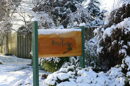 The River Lodge : The Welcome Sign