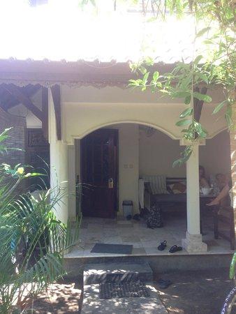 Martas Hotel : Front of Villa 9